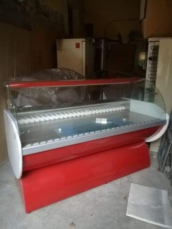 Нови хоризонтални и вертикални хладилни витрини