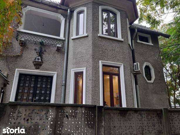 Vila Piaţa Romană Bucureşti