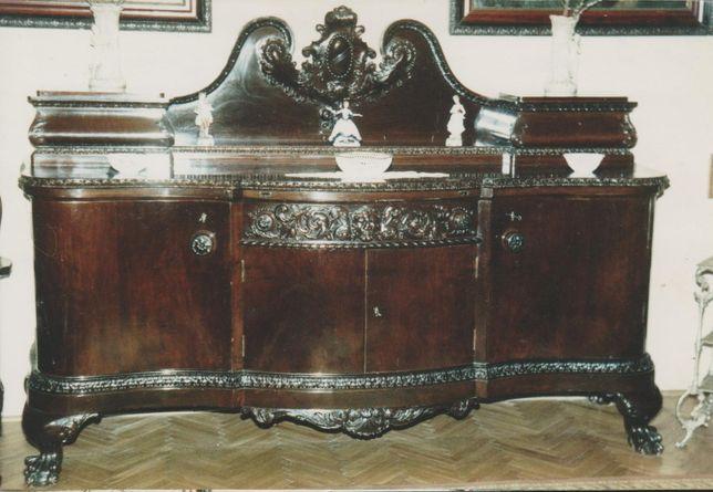 Set mobila de sufragerie Chippendale.
