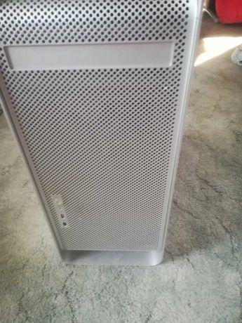 Vand sau schimb Apple Power Mac G5 cu HDD si SSD