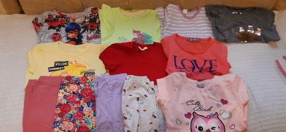 Много запазен пролетно есенни  детски дрехи.