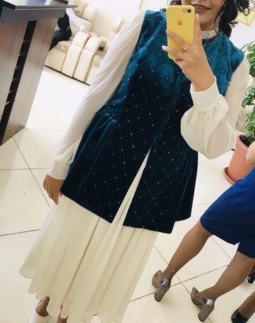 Продам платье с желеткой