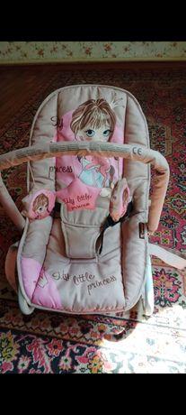 Продам шезлонг для новорожденных