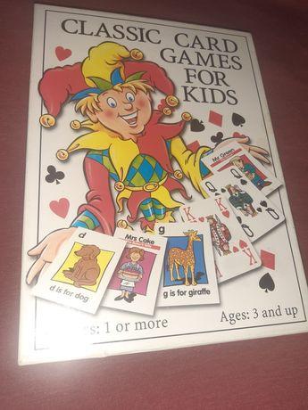 Cutie cu 3 jocuri de carti