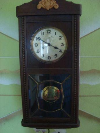 Стенен часовник антикварен U M Muller 1930г.