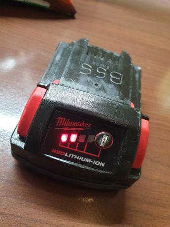 Baterie milwaukee m18 de 1,5ah perfect functionala , acumulator