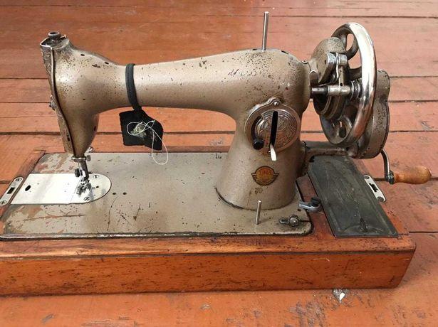 Продам ручную швейную машину