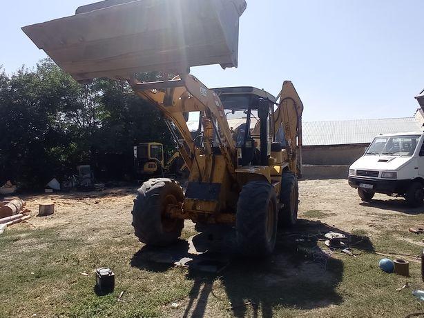Buldoexcavator : săpături & demolări