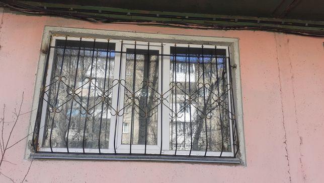 Решетки на окна металические