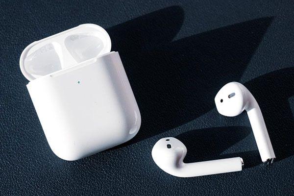 Наушники и часы AIR PODS 2 и Apple watch