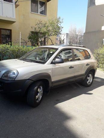 Dezmembrez Hyundai Tucson 2006 gri, 2.0 i 16v diesel,4X4, 140CP, D4EA
