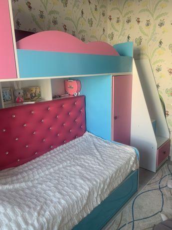 Детская мебель 3 в 1 (полный комлект комнаты)