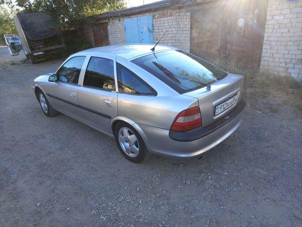 Продам Автомобиль Опель Вектра 1996 г.в. состояние среднее. Дешево.