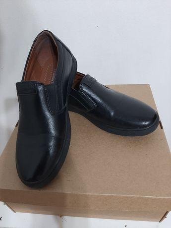 Обувь мальчиковая. Размер 33. Скидка. Новые.