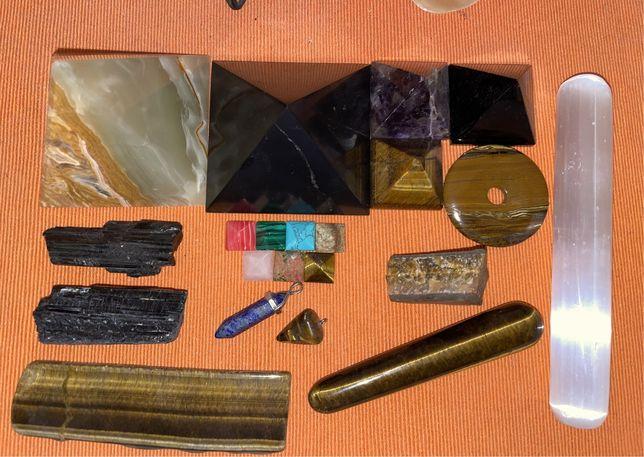 Cristale / piramide - Shungit, Onix, Ochi de tigru, Obsidian, Ametist