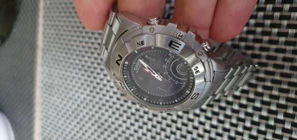 Casio часовник...