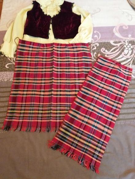 Стилизирана народна носия
