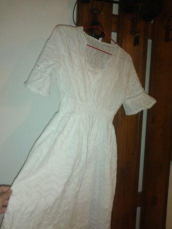 Продам платье белое и коричневое платье от waikiki