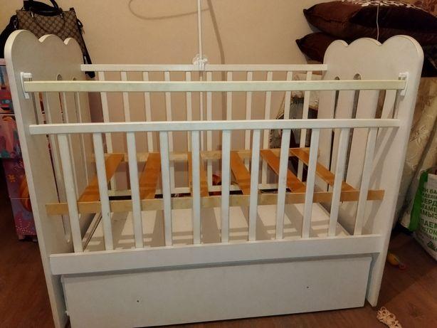 Продам манеж детскую кроватку