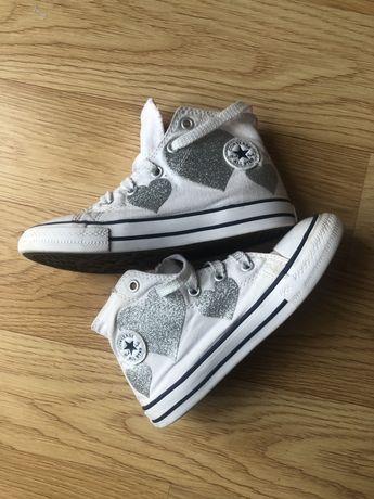 Детски кецове Converse за момиче