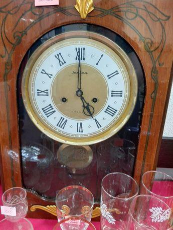 Продаю коллекцию часов