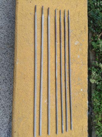 Седем заваръчни електрода Вежен - два размера