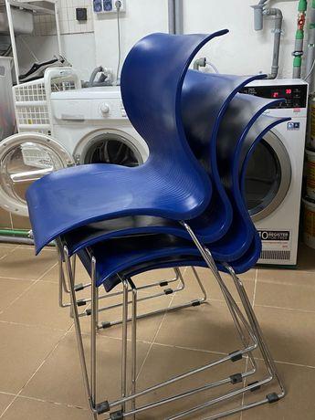 Vand 4 scaune bucatarie