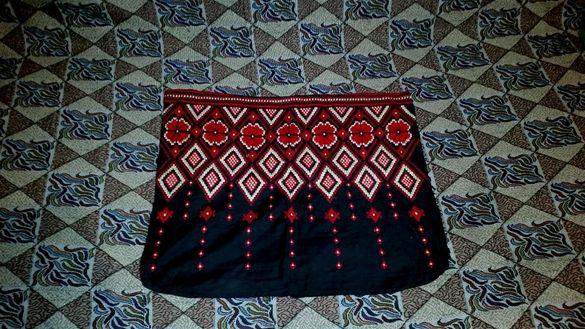 Уникална калъфка с българска народна шевица