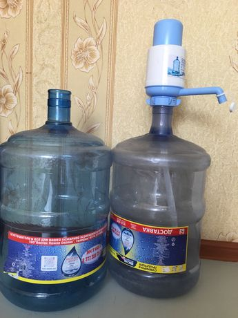 Бутылка 19 литров с помпой