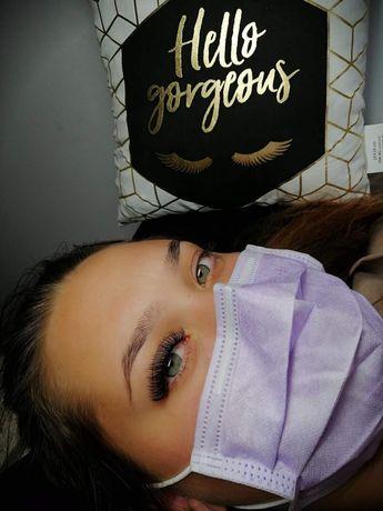 Extensii Gene  & Make-Up Professional Iasi