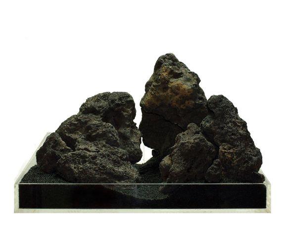Камни черной лавы 5-12 см