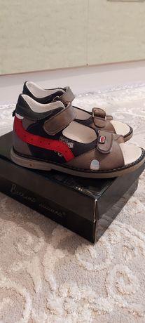 Срочно продам сандали 29 р