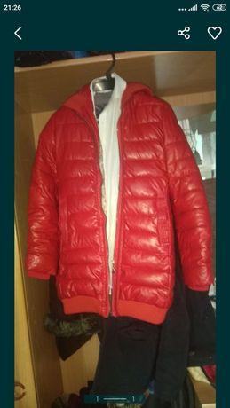 Продам куртку 2500тг