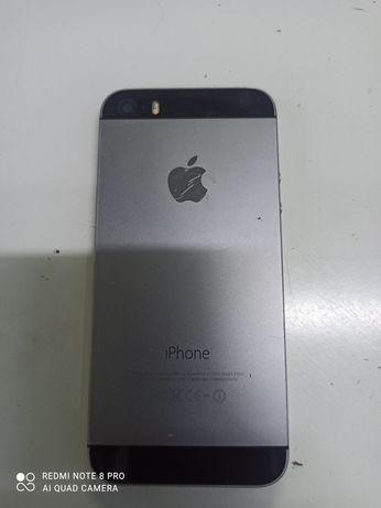 Продам iPhone 5s на запчасть