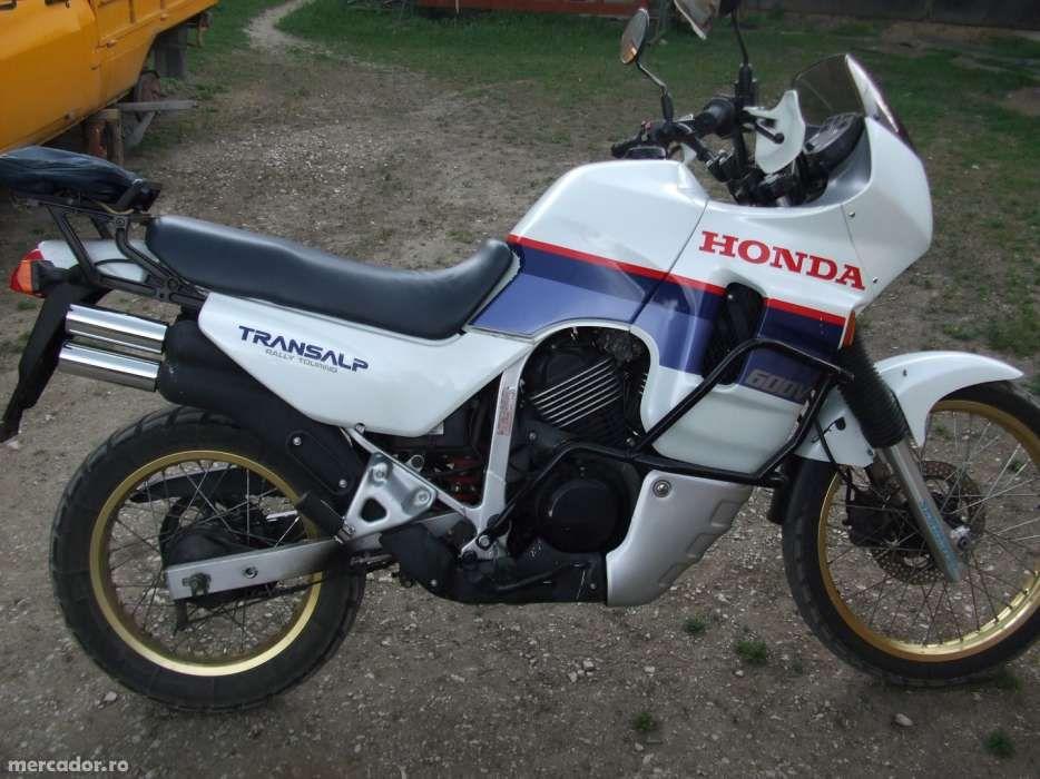 Dezmembrez 2x Honda Transalp 600V PD06 1989
