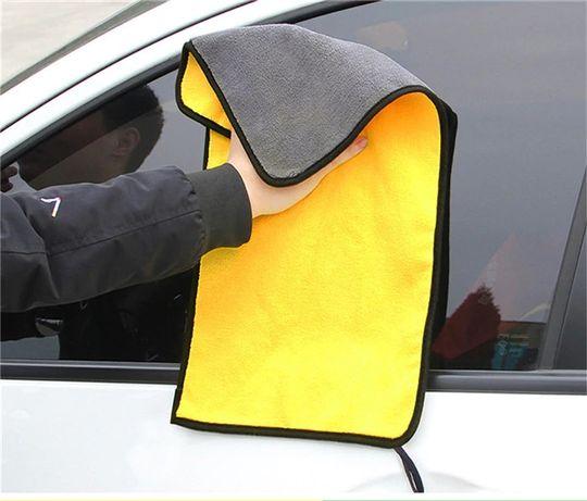 Абсорбираща кърпа за подсушаване на автомобил