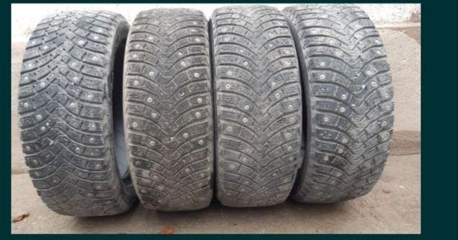 Продаются зимние шины