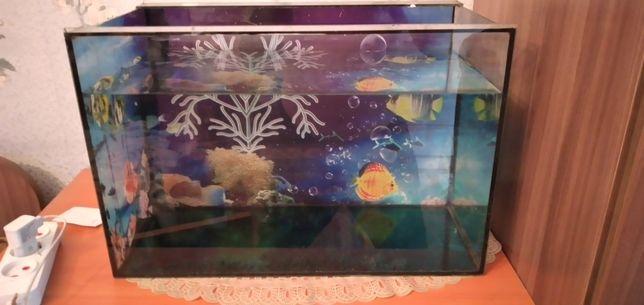 Продам аквариум на 45 литров.