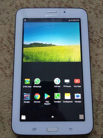 Продам планшет Samsung galaxy tab 3 lite в хорошем состоянии