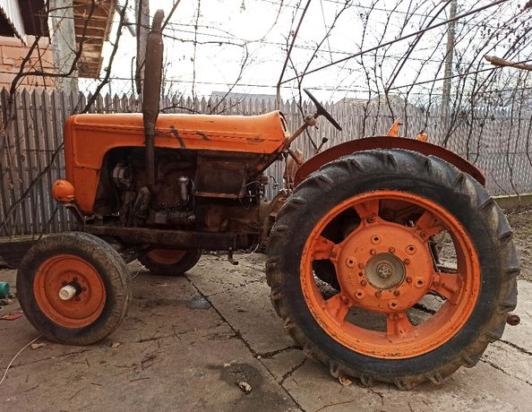 Tractor FIAT 55CP