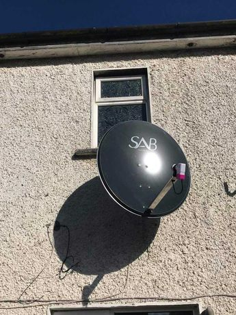 Antene satelit