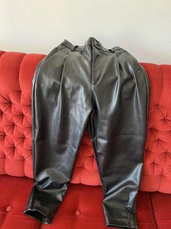 Pantaloni piele ecologics Zara