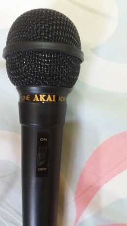 Casti 2modele -Microfon-calitate Akai - microfon profesional