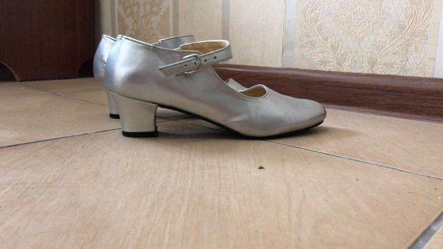 Танцевальные туфли! По 2500 тг
