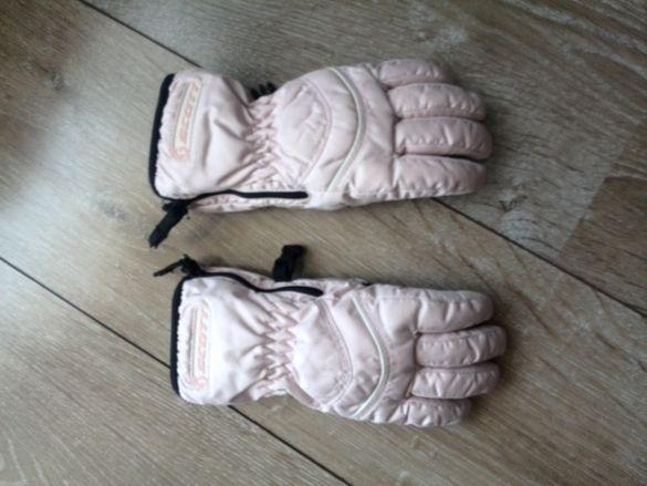 Ръкавици на Скот