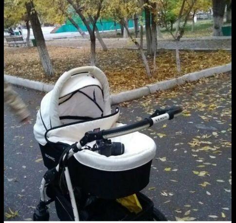 Продам коляска два в одном
