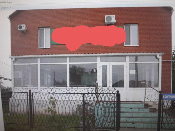 Продам дом под бизнес удобное расположение.
