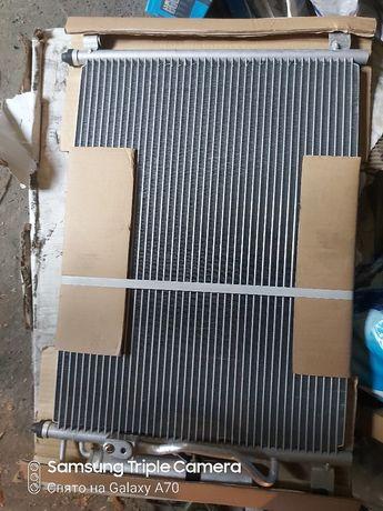 Радиатор от кондиционера  Мерседес 140