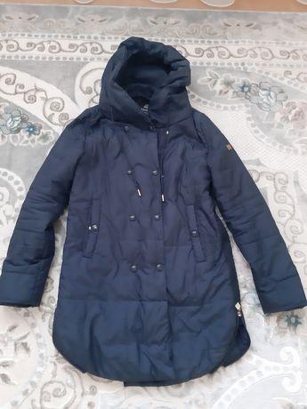 Продам куртку осень- весна