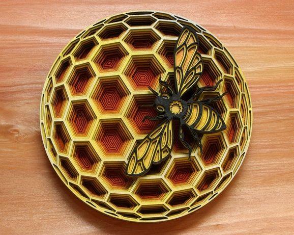 Vand decoratiune albina din lemn pentru apicultori
